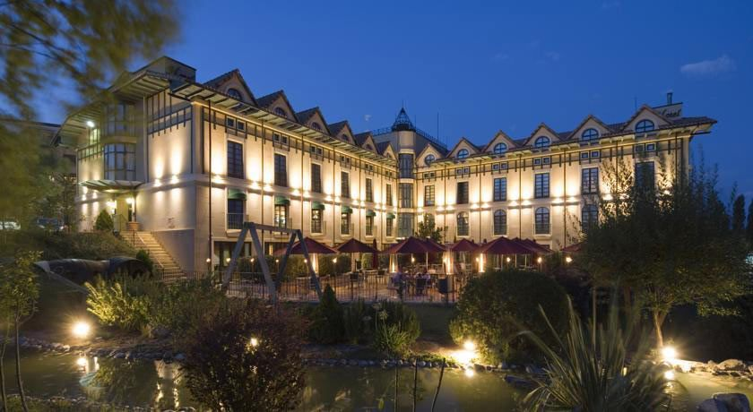 HOTEL VILLA LAGUARDIA -4*